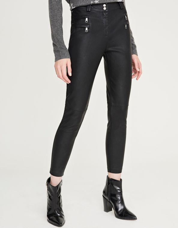 181082102_0003_040-CALCA-SKINNY-LEATHER-TOUCH