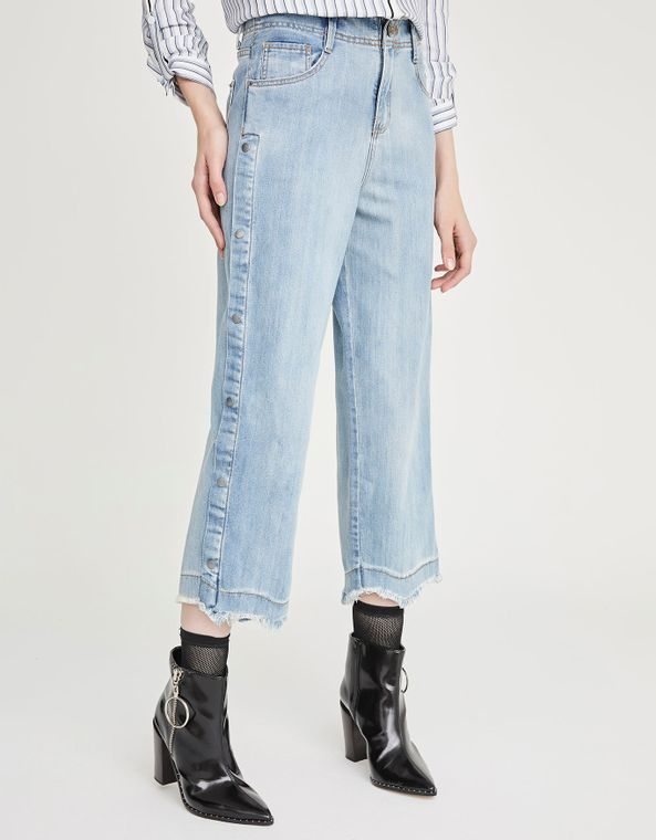 181371010_0011_040-CALCA-JEANS-CROPPED-BOTOES