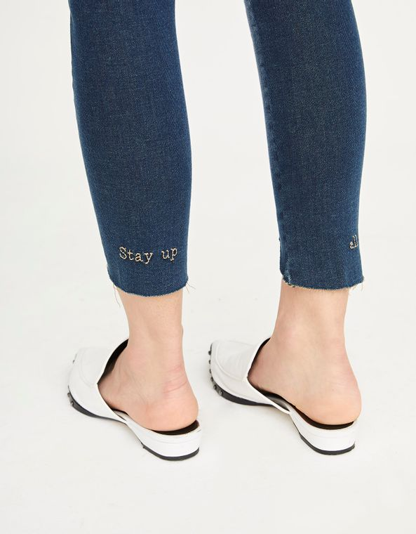 181371102_0011_040-CALCA-JEANS-SKINNY-STAY-UP