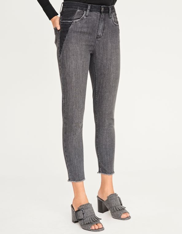 181373014_0003_040-CALCA-JEANS-SKINNY-BLACK--RECORTES