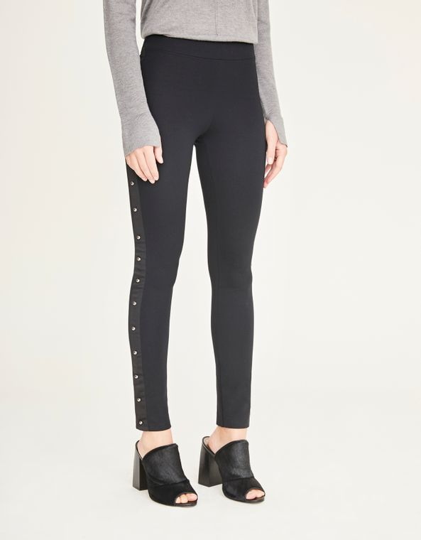 181085000_0003_040-CALCA-LEGGING-REBITES-LATERAIS