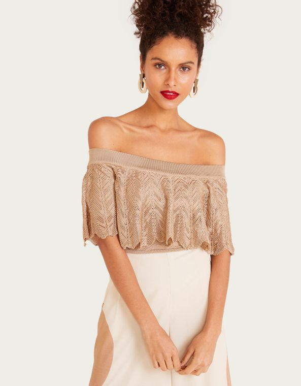 182147400_0212_010-CROPPED-TRICOT