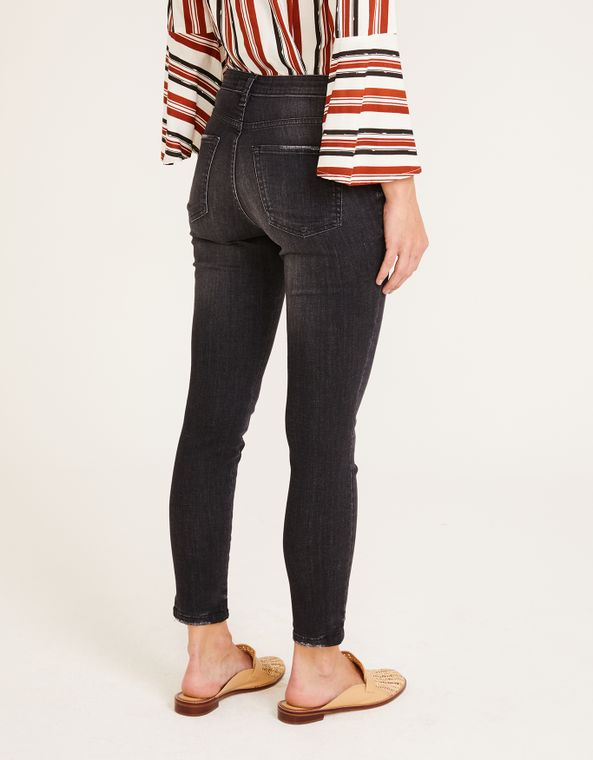 182379902_0003_040-CALCA-JEANS-SKINNY-BLACK