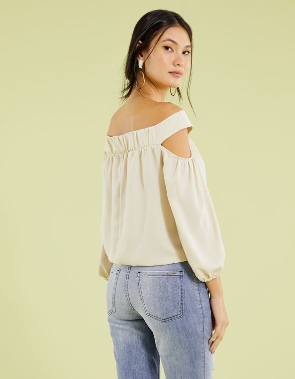 191011004_0017_040-BATA--OFF-SHOULDER-CREPE