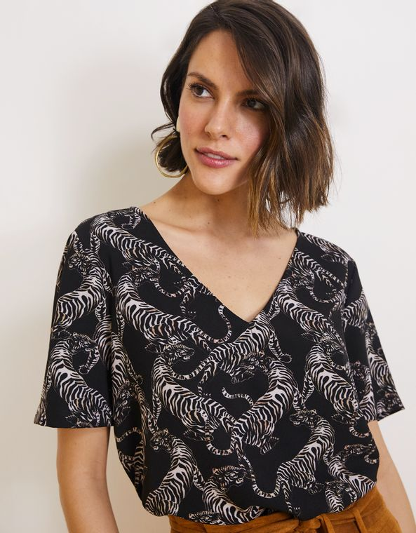 191015218_1023_040-T-SHIRT-CREPE-ESTAMPADA