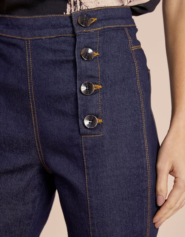 201371012_0011_040-CALCA-JEANS-FLARE-BOTOES