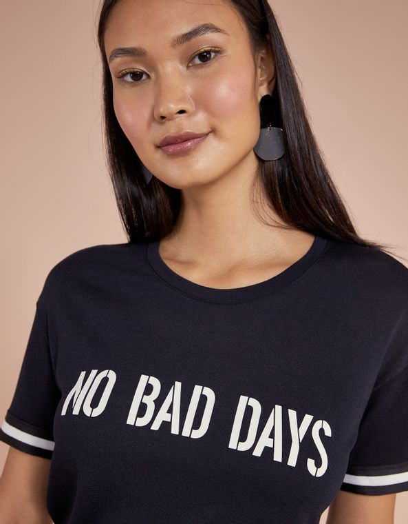 201403020_0003_040-T-SHIRT-NO-BAD-DAYS