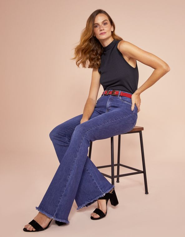 201371009_0011_010-CALCA-JEANS-FLARE-BARRA-IRREGULAR