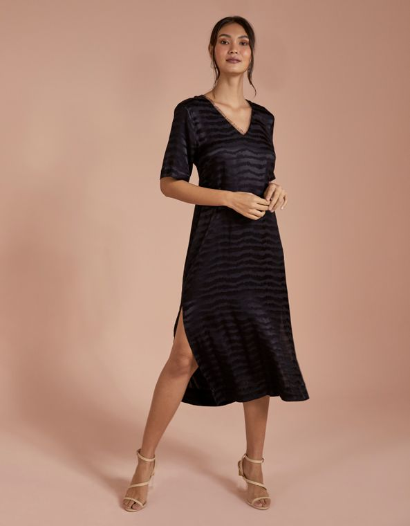 201104900_0003_010-T-SHIRT-DRESS-MIDI-VISCOSE-JACQUARD
