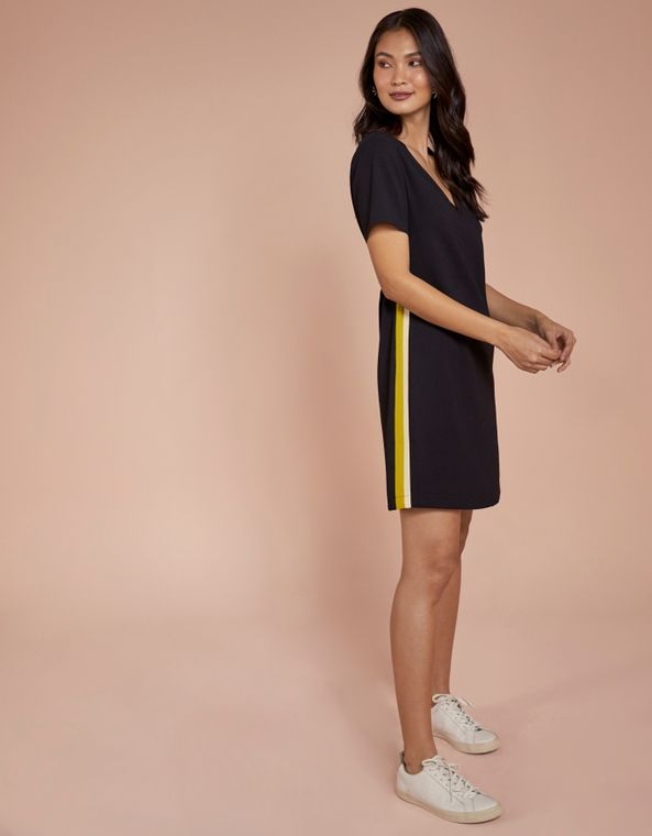201103300_0003_010-T-SHIRT-DRESS-CREPE-ESPORTIVO