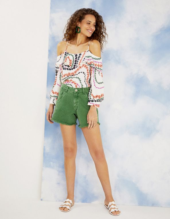 202394000_0005_040-SHORTS-COLOR-COM-BARRA-DESFIADA