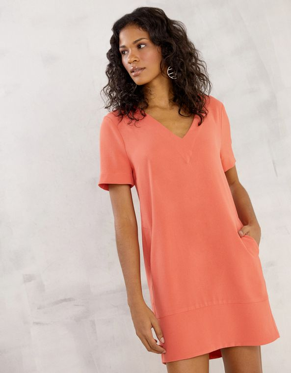 202106308_0082_040-T-SHIRT-DRESS-DECOTE-V