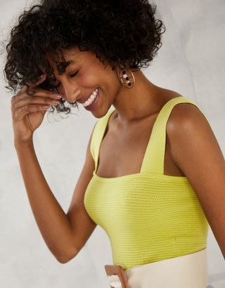 //www.shoulder.com.br/top-cropped-tricot-lima-202317300/p